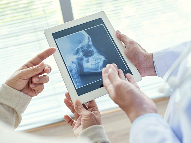 Jaw and skull x-rays on tablet computer